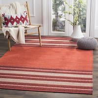 Safavieh Montauk Hand-Woven Red/ Ivory Cotton Area Rug - 6' Square