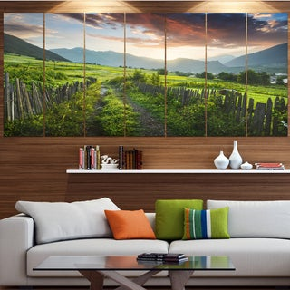 Designart 'Green Georgian Mountain Valley' Landscape Wall Artwork