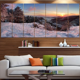 Designart 'Slovakia Panorama at Winter' Landscape Wall Artwork