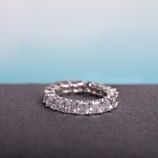 Miadora Signature Collection 18k White Gold 4ct TDW Certified Asscher-Cut Diamond Full-Eternity Ring|https://ak1.ostkcdn.com/images/products/15339972/P21803096.jpg?impolicy=medium