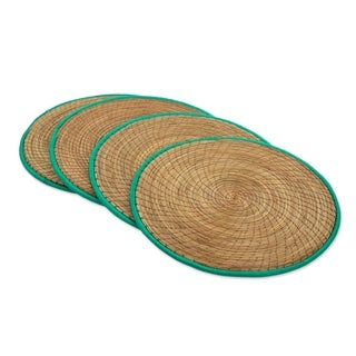 Handmade Set of 4 Pine Needle Placemats, 'Latin Mealtime In Green' (Guatemala)