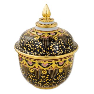 Handmade Benjarong Porcelain Jar, 'Thai Royal Pride' (Thailand)