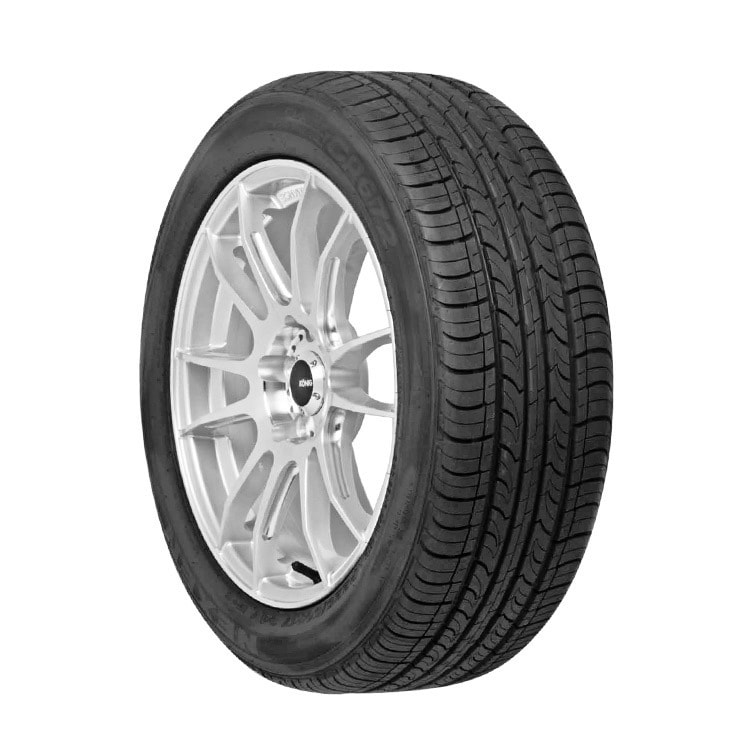 Nexen CP672 All Season Tire - 205/65R15 94H (Black)