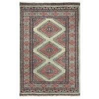 Handmade Herat Oriental Pakistani Bokhara Wool Rug (Pakistan) - 2'1 x 3'2