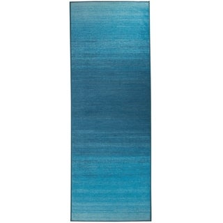 "RUGGABLE Washable Indoor/Outdoor Stain Resistant Runner Rug Ombre Blue (2'6"" x 7')"