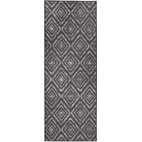 "RUGGABLE Washable Stain Resistant Runner Rug Prism Dark Grey - 2'6"" x 7'"