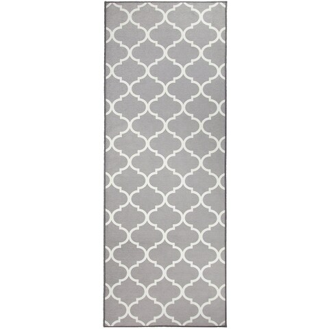 "RUGGABLE Washable Indoor/Outdoor Stain Resistant Runner Rug Moroccan Trellis Light Grey (2.5' x 7') - 2'6"" x 7'"