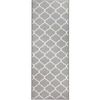 "RUGGABLE Washable Indoor/Outdoor Stain Resistant Runner Rug Moroccan Trellis Light Grey (2.5' x 7') - 2'6"" x 7'"