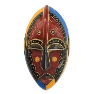 Handmade Uzoma Wood Mask (Ghana) - black/yellow