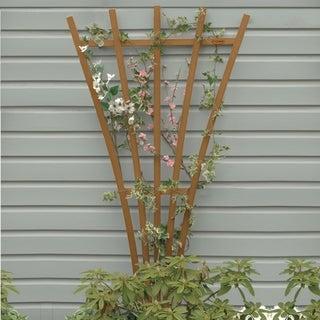 Highwood marine-grade synthetic wood 6ft traditional fan trellis (Eco Friendly)