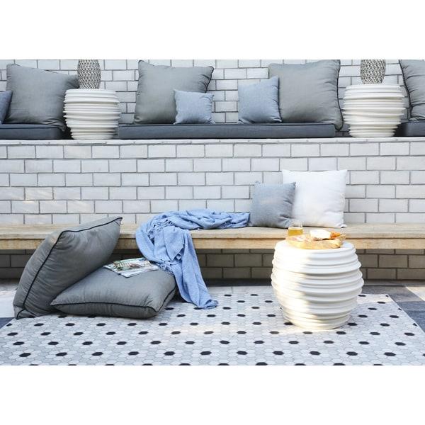 novogratz by momeni terrace vintage tiles indoor outdoor rug 3 3