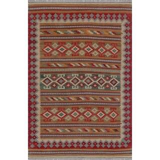 Sangat Kenza Rust/ Green Wool Area Rug (4'10 x 7'7)