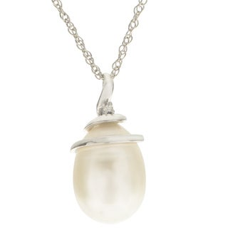 Pearls For You 14K White Freshwater Pearl and Diamond Spiral Pendant (8-9 mm) (H-I, I3)