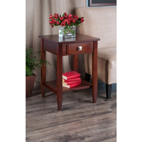 Richmond Tapered Leg End Table