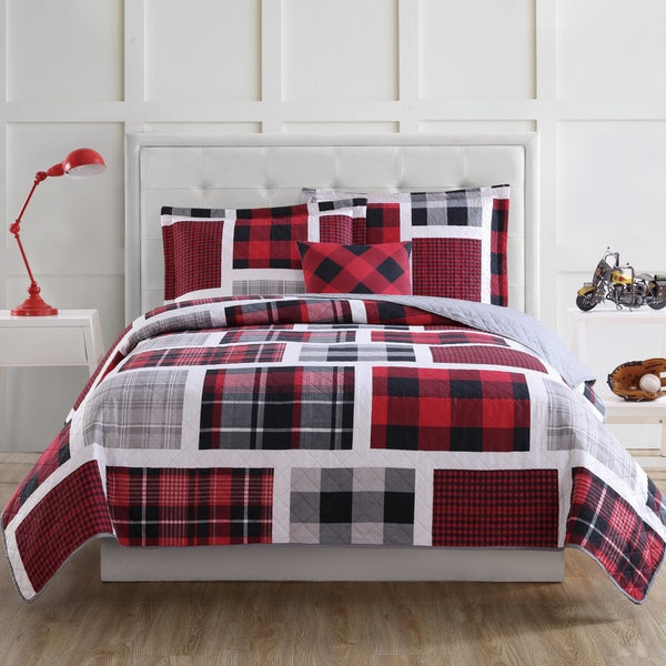 Laura Hart Kids Buffalo Plaid 3-piece Quilt Set with Bonus Decorative Pillow