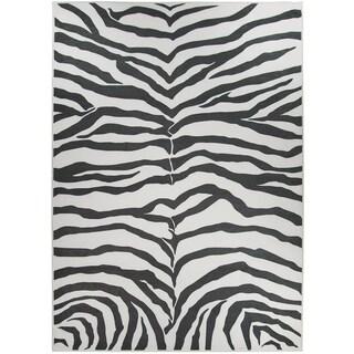 RUGGABLE Washable Indoor/ Outdoor Stain Resistant Pet Area Rug Zebra Safari Black (5' x 7') - 5' x 7'