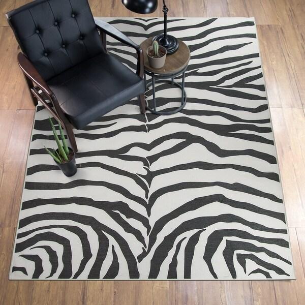 Shop RUGGABLE Washable Stain Resistant Pet Area Rug Zebra