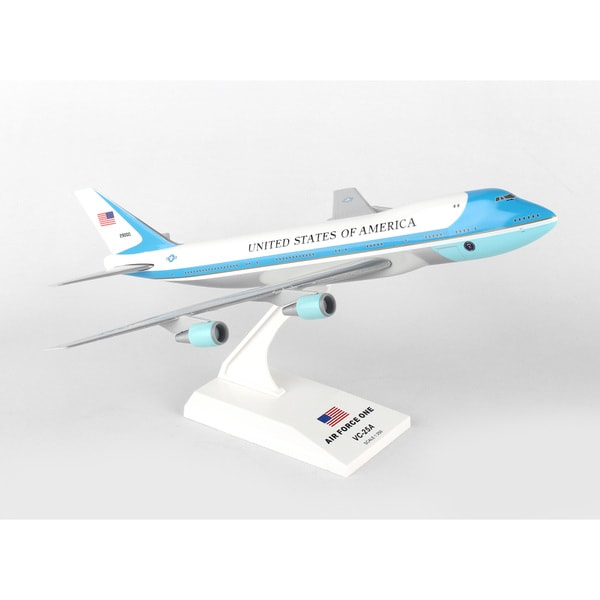 Sky Marks SKR041 Air Force One Boeing 747-200 VC25, 1/250 scale Desktop Model with Stand