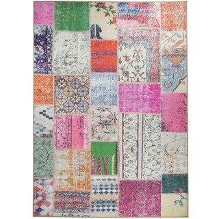 RUGGABLE Washable Indoor/ Outdoor Stain Resistant Pet Area Rug Patchwork Boho (5' x 7') - 5' x 7'