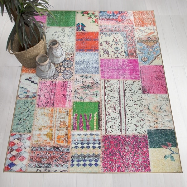 RUGGABLE Washable Stain Resistant Pet Area Rug Patchwork Boho - multi-color - 5' x 7'