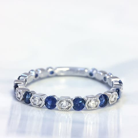 Lihara and Co. 18K White Gold 0.12ct TDW Diamond Fashion Band with 4/5ct Sapphires (G-H, VS1-VS2) - Blue