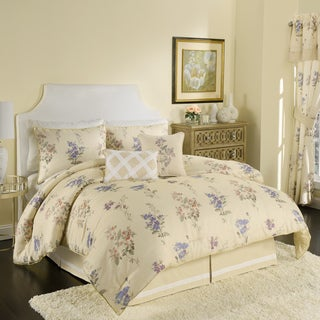 Croscill Chapel Hill The Forget Me Not Comforter 4-piece Set