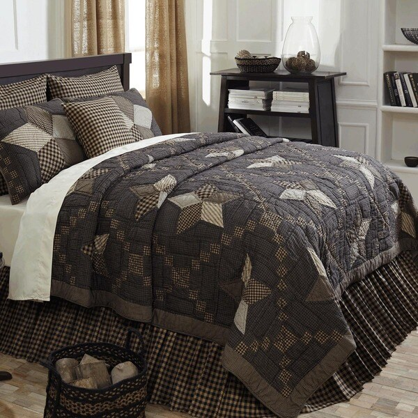 Farmhouse Cotton Star Quilt (Shams Not Included)