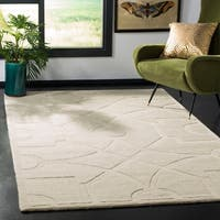 Martha Stewart by Safavieh Fretwork Buckwheat Flour / Beige Wool Area Rug - 4' x 6'