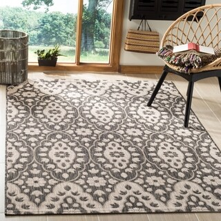 Martha Stewart by Safavieh Tulip Medallion Black / Beige Area Rug (4' x 5'7)