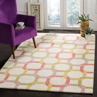 Martha Stewart by Safavieh Color Chain Peony / White / Pink Wool Area Rug (5' x 8')