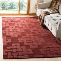 Martha Stewart by Safavieh Knot Ceiling Wax / Red Wool Area Rug - 5' x 8'