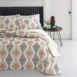 The Curated Nomad Waverly Rhombus Quilt Set
