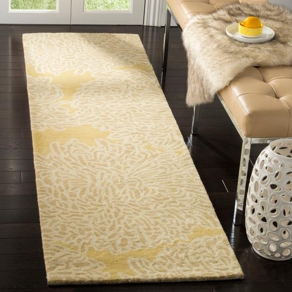 Martha Stewart by Safavieh Chrysanthemum Malted / Yellow Wool Runner Rug - 2'3 x 8'