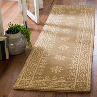 Martha Stewart by Safavieh Gracious Garden Spud / Camel Wool Runner Rug (2'3 x 8')