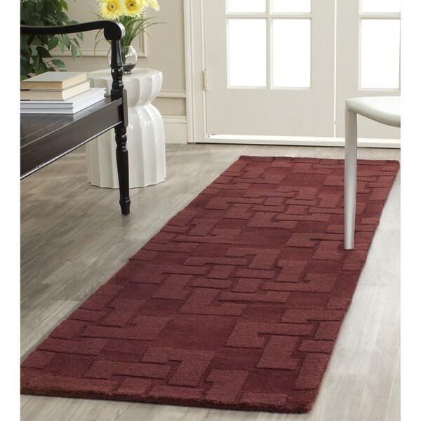 Martha Stewart by Safavieh Knot Ceiling Wax / Red Wool Runner Rug (2'3 x 8')