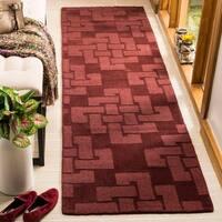 Martha Stewart by Safavieh Knot Ceiling Wax / Red Wool Runner Rug - 2'3 x 8'