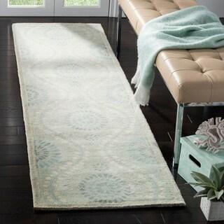 Martha Stewart by Safavieh Ogee Dot Spring Melt / Blue / Ivory Wool Runner Rug (2'3 x 8')