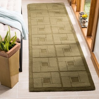 Martha Stewart by Safavieh Square Knot Feather Duster / Green Wool Runner Rug (2'3 x 8')