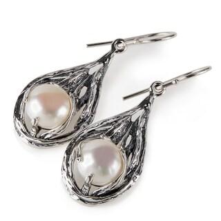 Handmade Sterling Silver Pearl Earrings (9.6 mm) (Israel)