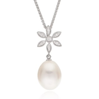 Pearls For You 14k Gold Freshwater Pearl and Diamond Flower Pendant