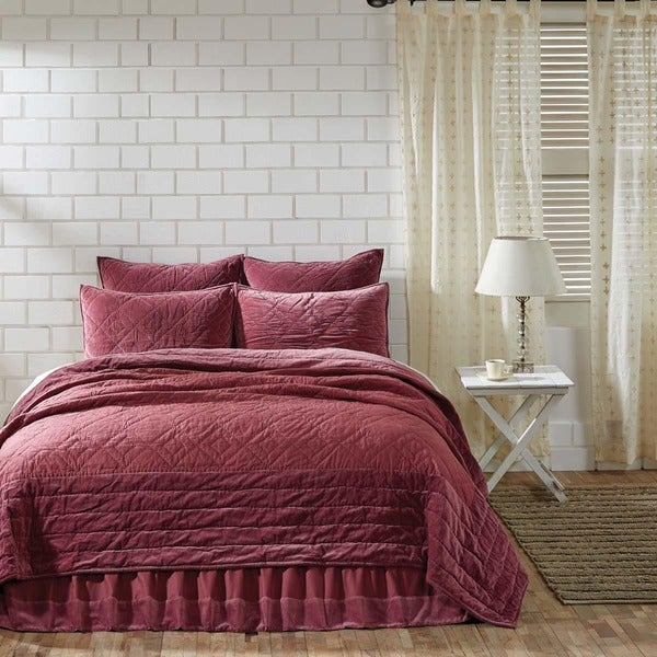 Eleanor Cotton Quilt (Shams Not Included)