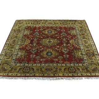 Shahbanu Rugs Karajeh Red/Gold Wool Hand-knotted Oriental Area Rug (4'0 x 4'0)
