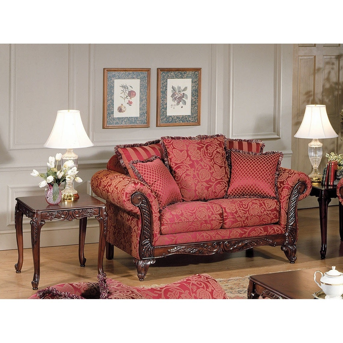 Fairfax Traditional Loveseat with 5 Pillows (Red) (Fabric)