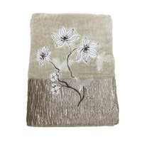 Croscill Magnolia Towels (Embroidered)