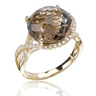 Avanti 14K Yellow Gold 1/4 CT TDW Diamond and Faceted Round Smoky Quartz Center Twisted Split Shank (G-H, SI1-SI2)