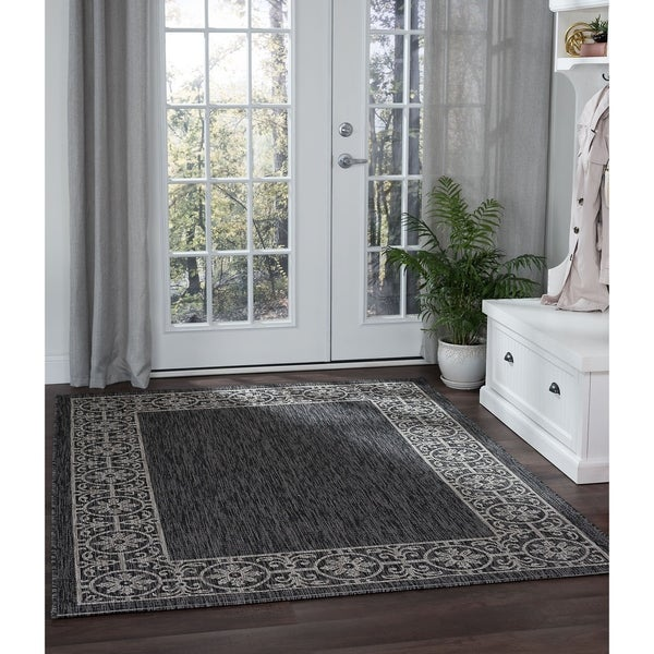 Alise Rugs Colonnade Black Traditional Area Rug