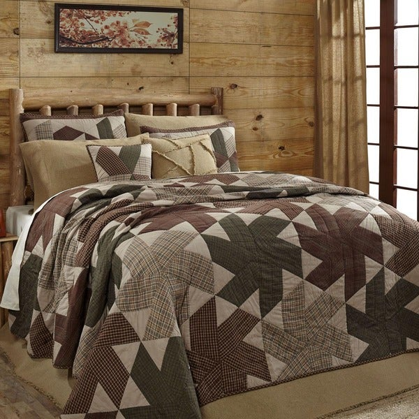 Danson Mill Cotton Quilt (Shams Not Included)