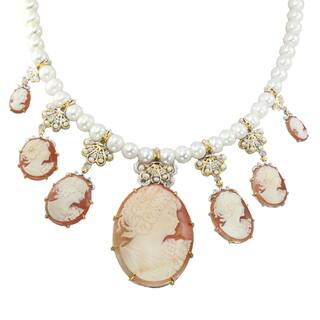 Michael Valitutti Palladium Silver Shell Cameo & Freshwater Cultured Pearl Necklace|https://ak1.ostkcdn.com/images/products/15869063/P22277609.jpg?impolicy=medium