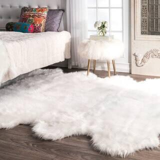 Ailsa White Black Faux Sheepskin Area Rug 5 X 8 5 X