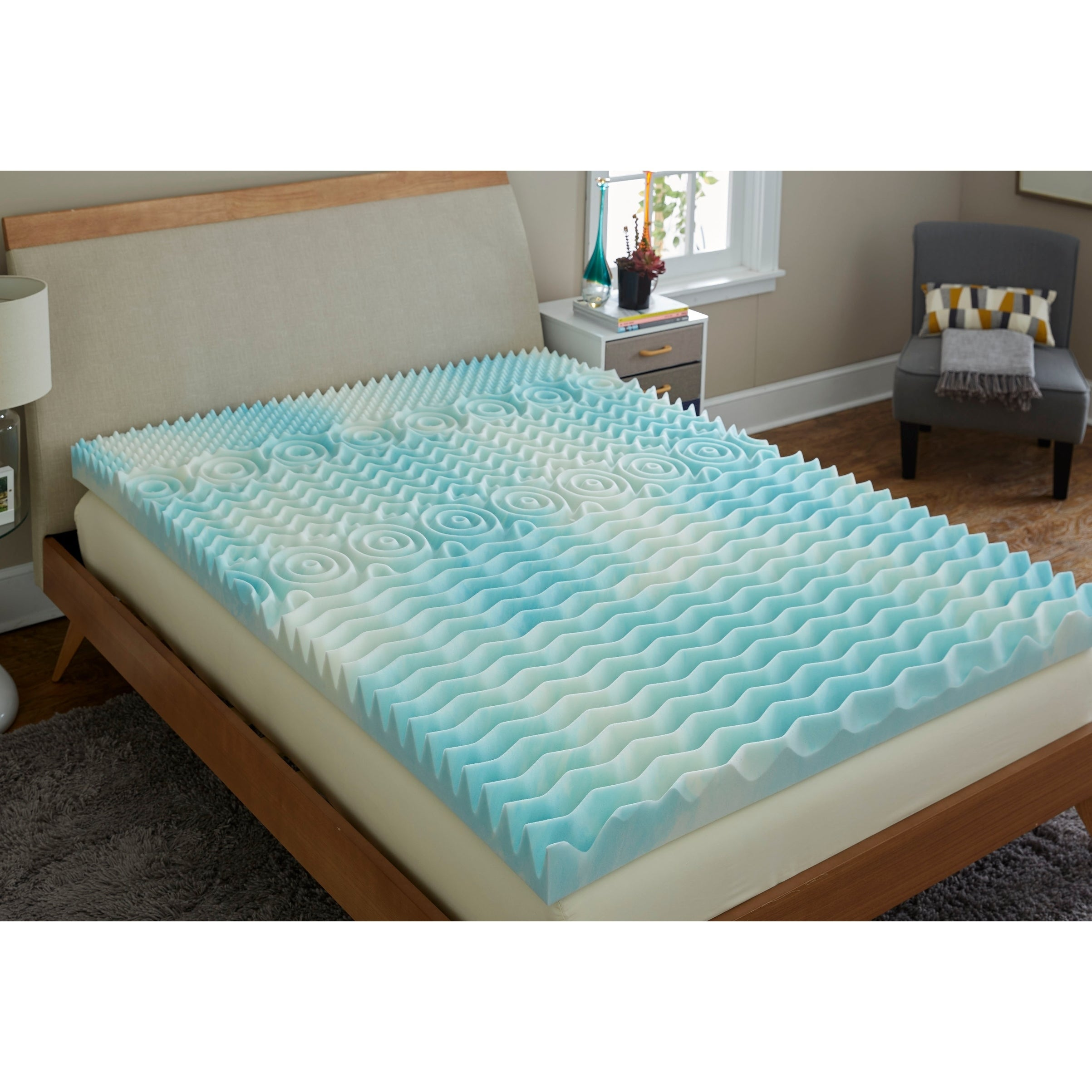 TruPedic USA CoolFlow 4-inch 5 Zone Textured Gel Memory F...